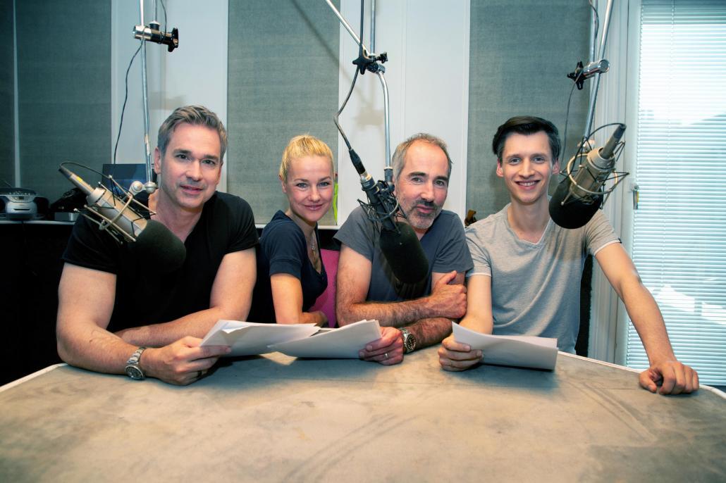 Manou Lubowski, Rhea Harder-Vennewald, Sascha Dreager und Diakow (v. l.) gehen mit dem Hörspiel TKKG live auf Tour