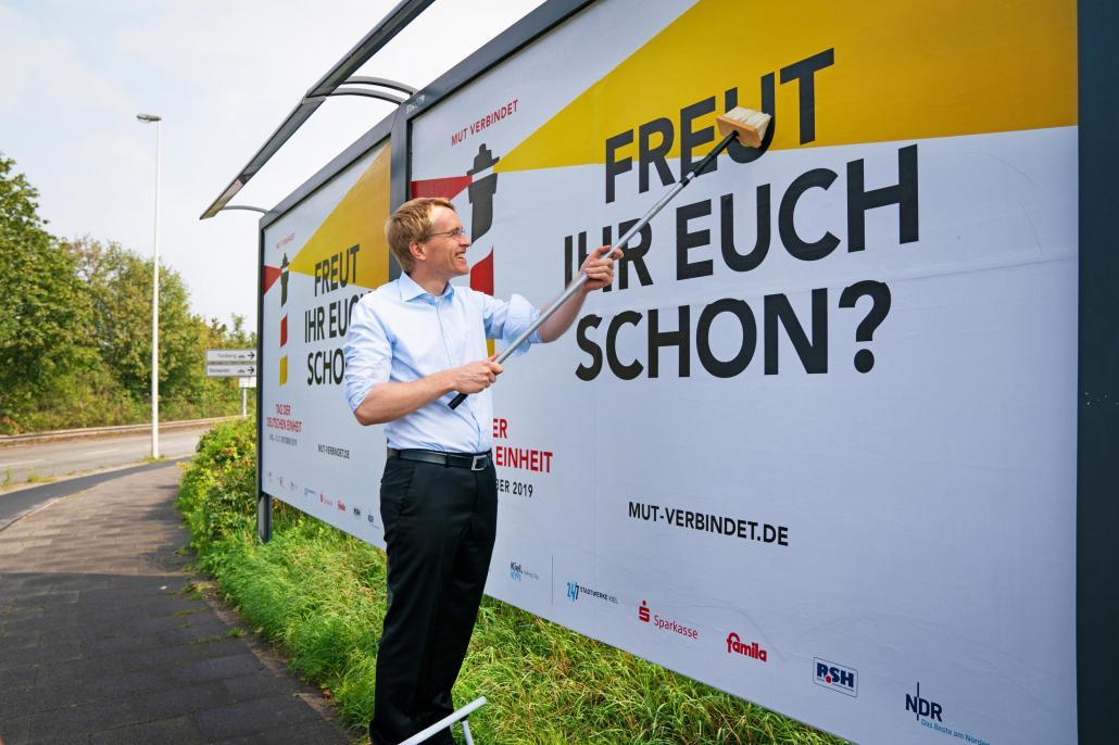 Ministerpräsident Daniel Günther freut sich auf ein fröhliches Bürgerfest, bei dem sich das Land von seiner besten Seite zeigen kann