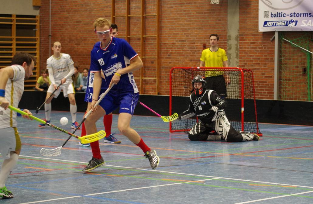 Verteidiger Birger Dethlefsen (#18) blüht im Pokal erneut auf und trägt sich mit einem Tor und drei Vorlagen in die Scorerliste ein