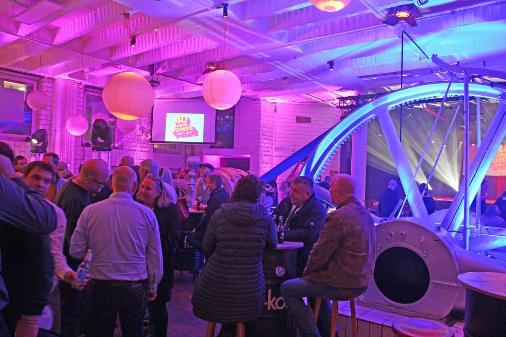 Zum 40. Geburtstag fanden sich viele interessierte Gäste zur Feier in der Pumpe ein
