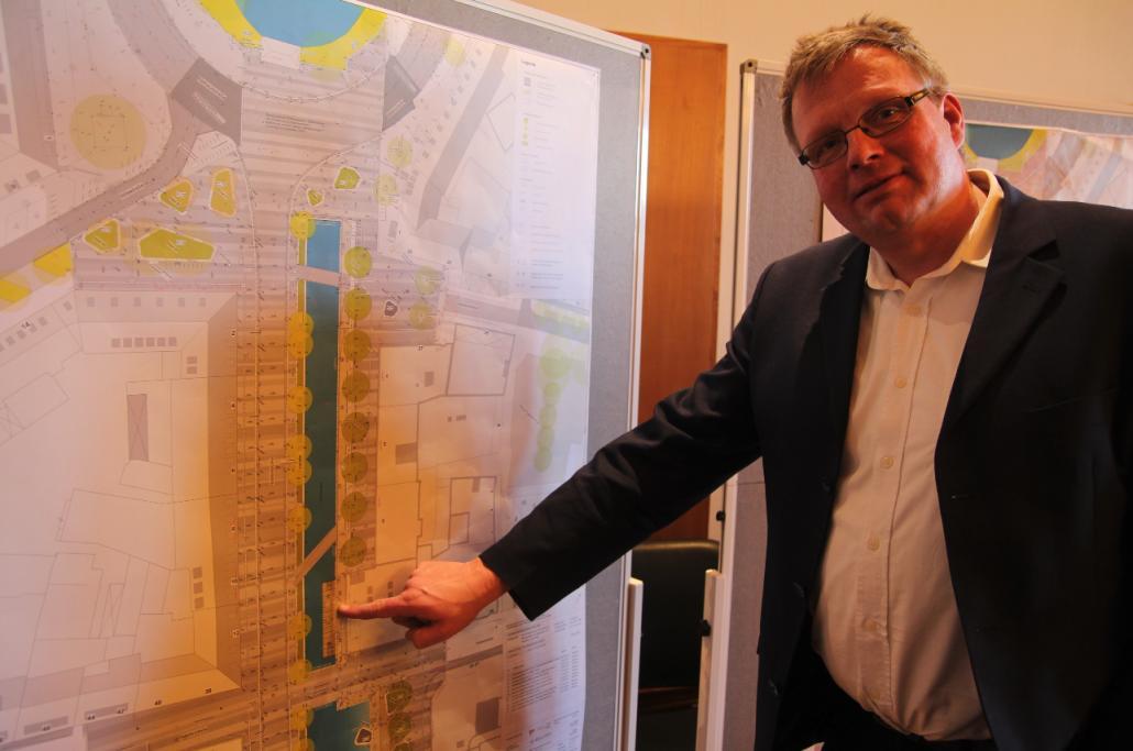 Veranschaulichte die ausstehenden Baumaßnahmen am Kleinen Kiel-Kanal: Peter Bender, Leiter des Tiefbauamtes Kiel