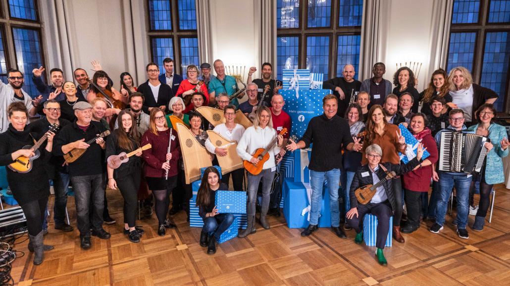 Am Samstag vor ver Veranstaltung trafen sich alle Musiker mit dem Pop-Titan Dieter Bohlen