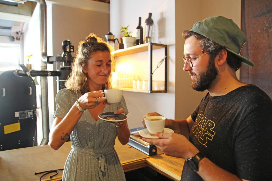 Beim Kaffeeworkshop lernte die Redaktion, dass ein Kaffee deshalb auch genauso schmecken sollte.