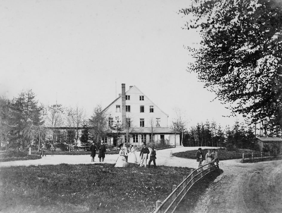 1870: Kaum wiederzuerkennen: So sah das Hotel in seinen Anfängen aus