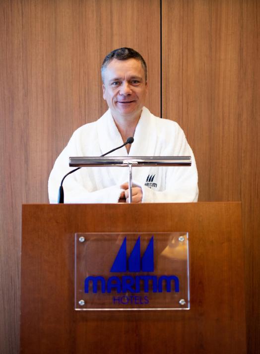 Für ein Späßchen zu haben: Hoteldirektor Joachim Ostertag