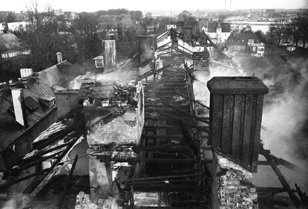 1963 wurden Teile des Gebäudes durch einen Brand zerstört