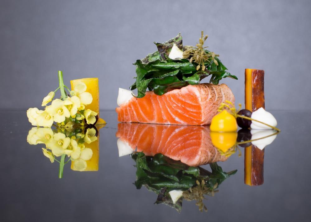5 männliche kulinarische Genießer können noch mit