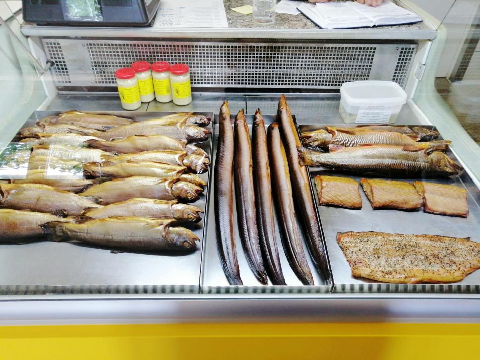 Trotz Corona: Frischer Fisch aus dem Hofladen