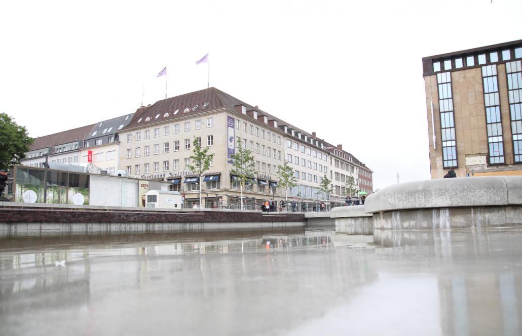 Der Kleine Kiel-Kanal, wie ihn die Stadtverwaltung nennt, sucht noch nach einem offiziellen Namen.