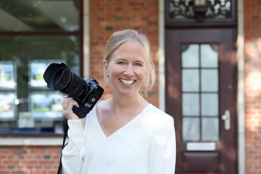 Julia Petersen wendet bei Ihren Bildern eine besondere Belichtungstechnik an.
