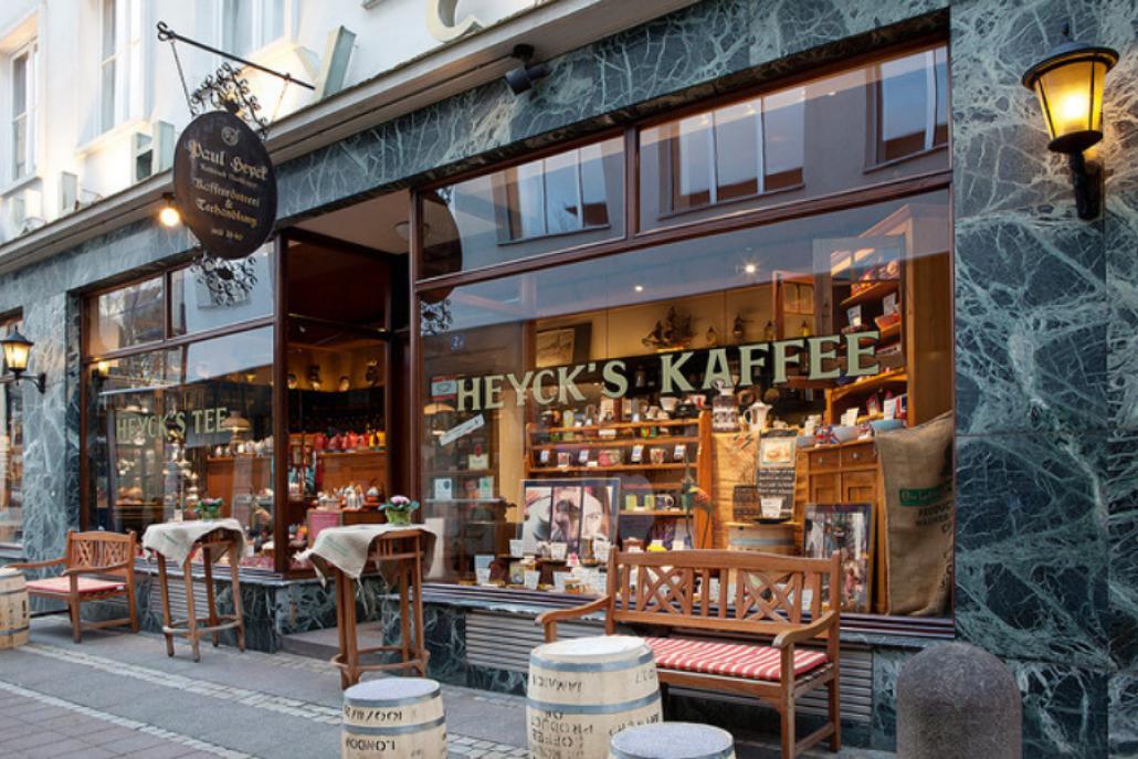In der Kieler Altstadt sind die Mitarbeiter*innen von Paul Heyck immer für euch da - mit und ohne Lockdown