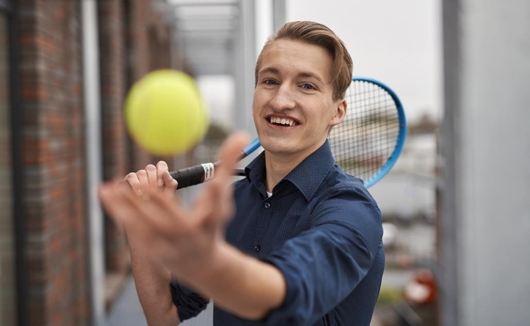 Mit Tennis findet Fabian Walter den idealen Ausgleich neben seinem Job.