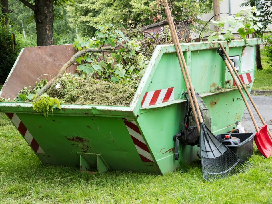 Grünschnitt kann in der Menge von bis zu einem Kubikmeter wieder weggebracht werden.