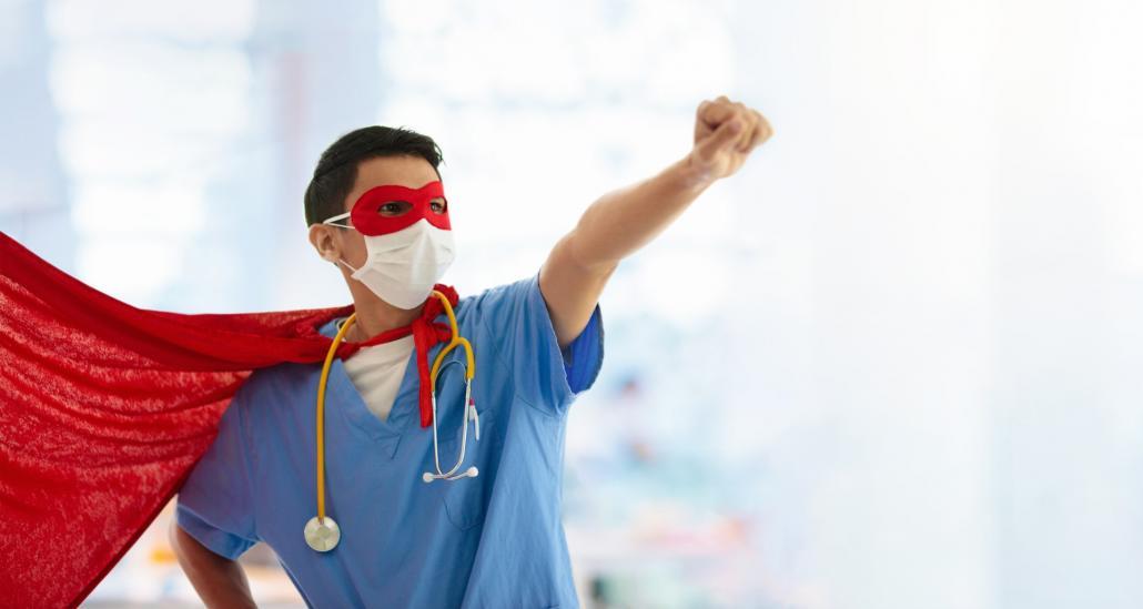 Pfleger*innen kommen mit der Arbeit, die sie täglich leisten, fast schon an Superheld*innen ran.