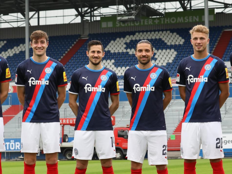 Das sind die Neuen (v. l.): Holmbert Fridjonsson, Marcel Benger, Steven Skrzybski, Julian Korb,  Fiete Arp und Patrick Erras.
