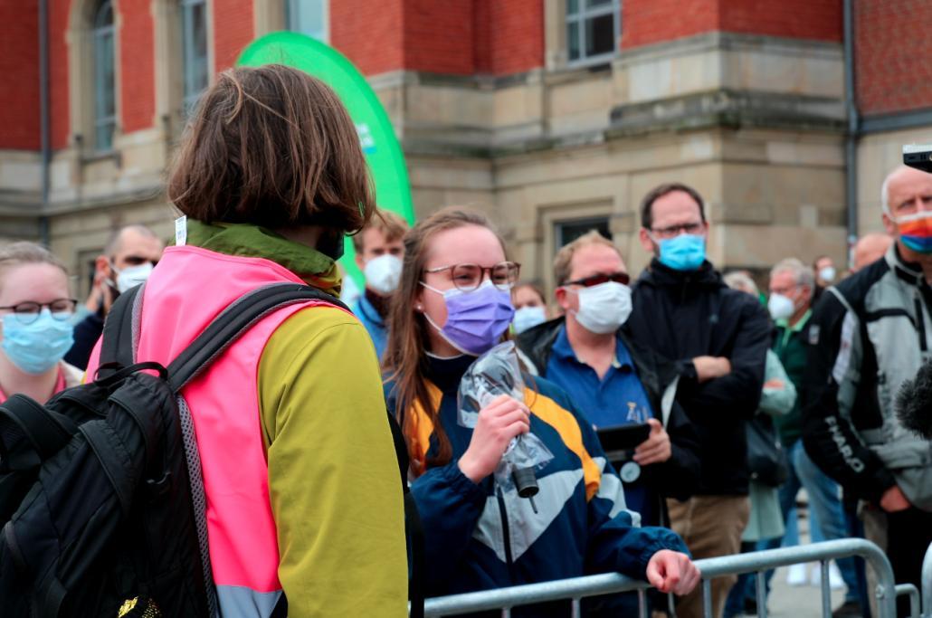 Besonders eine Kieler Studentin war aufgrund der Pandemiesituation und ihren finanziellen Mitteln den Tränen nahe.