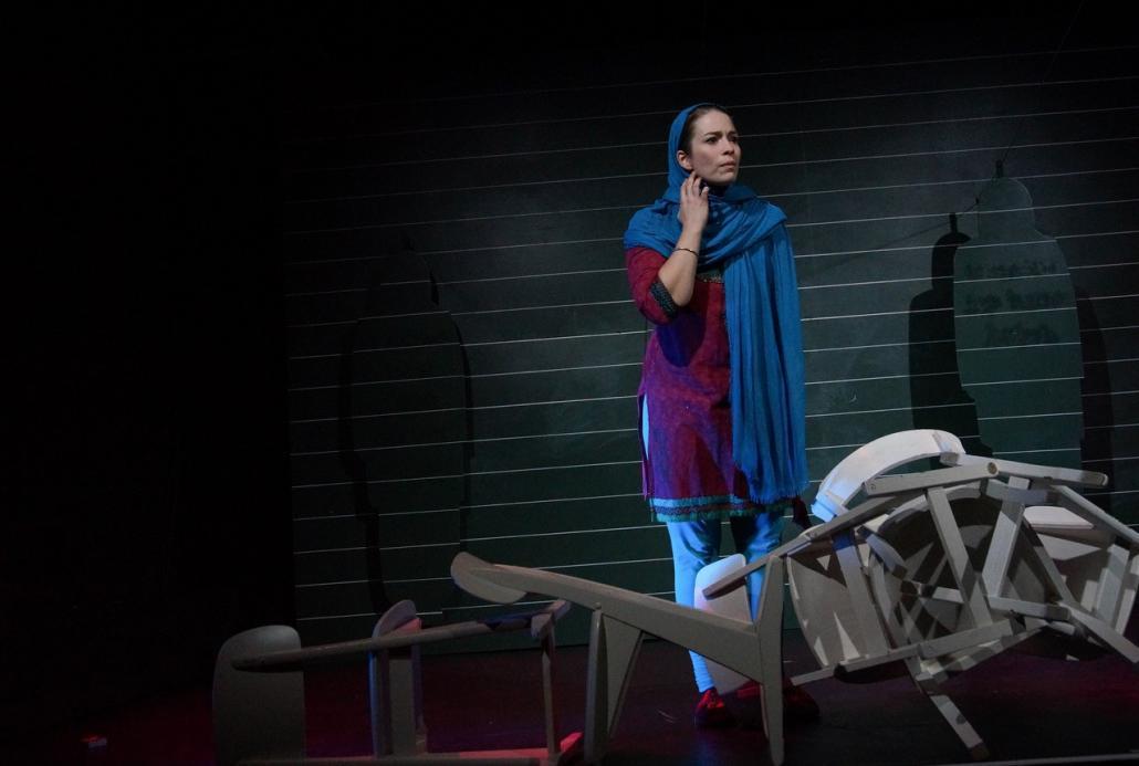 Patricia Windhab übernimmt die Rolle der Malala Yousafzai.