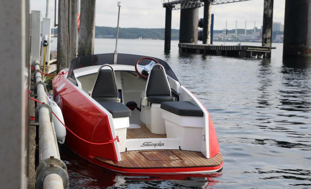 """Das Design des """"Seacyclers"""" erinnert an ein kleines Motorboot."""