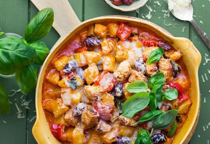 Hähnchen-Gemüse-Gratin mit Parmesan