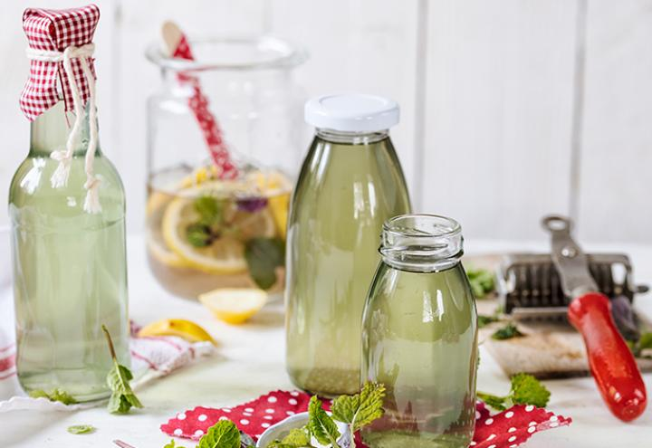 Rezept: Zitronenmelissesirup mit Pfefferminze