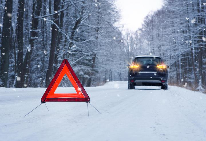 Winterliche Straßenregeln