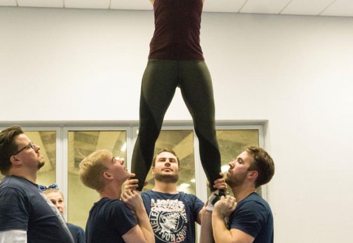 Zu Besuch bei den Holstein Kiel Lights Cheerleader