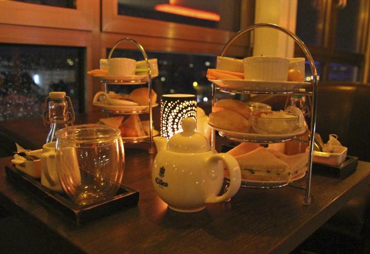 Teatime  in der Astor Bar
