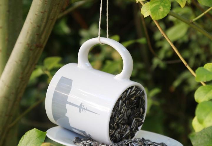DIY: Futterstation für Vögel zum Selbermachen